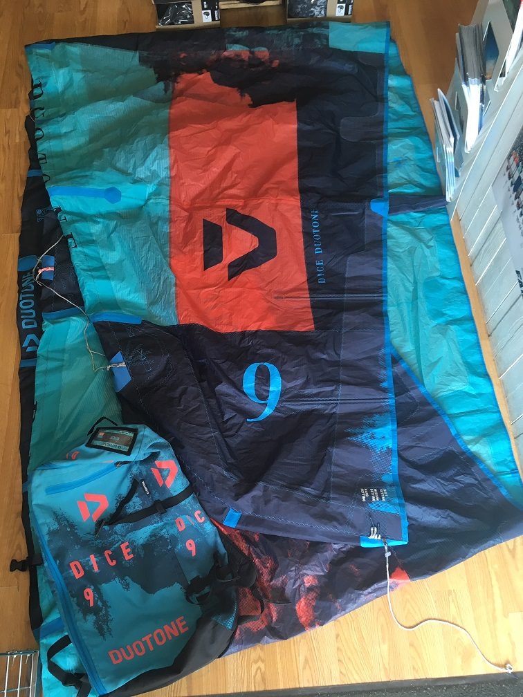 S/H Duotone Dice 9m Kite Only