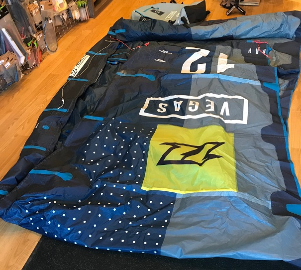 S/H North 2017 Vegas 12m Kite Only Blue
