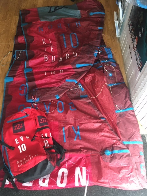 S/H North 2017 Evo 10m Kite Complete With Click Bar
